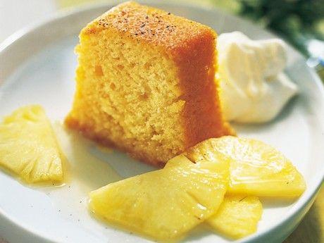 Romdränkt sockerkaka med ananas Receptbild - Allt om Mat