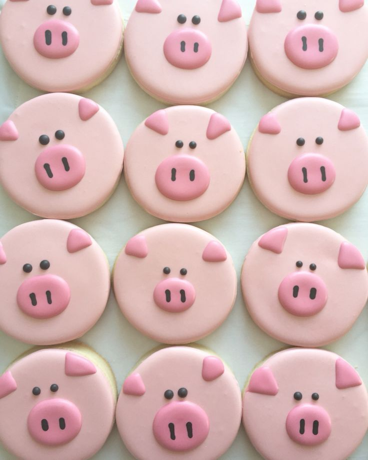 awesome Pig decorated sugar cookies | cute food idea for a pig, farm, animal, or farmer ...