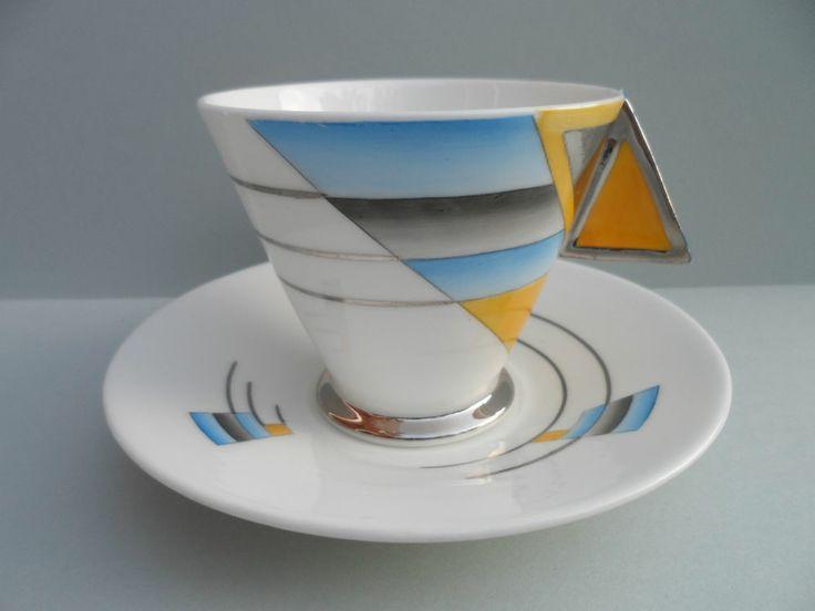 Shelley Art Deco SHADES LINES Mode shape coffee/demitasse cup saucer.C.1930. #Trio