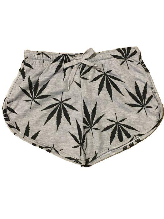 Women's Weed Leaf /Marijuana Print Short (small)