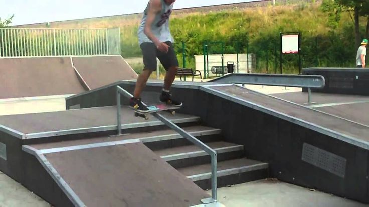 How to ride a SB-2 skateboard deck, Easy People Team Rider Toni Forgber ...