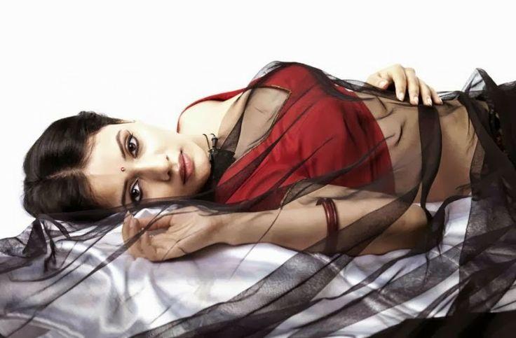 Isai Movie Actress savithiri new stills more visit,http://www.tamilcinemahub2013.blogspot.in/