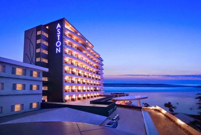Paket Perjalanan Wisata Pulau Belitung bersama Imaji Tour - Aston Belitung Hotel merupakan salah satu hotel berbintang 4 yang menjadi sasaran para turis untuk menikmati penginapan yang mewah di Pulau Belitung.