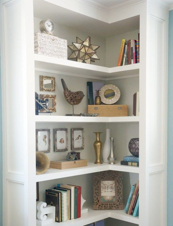 Best 25 corner bookshelves ideas on pinterest diy for Corner shelving ideas living room