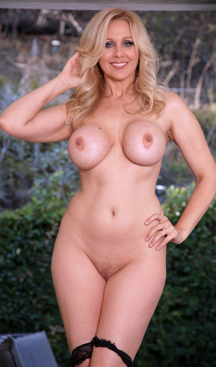 julia ann naked