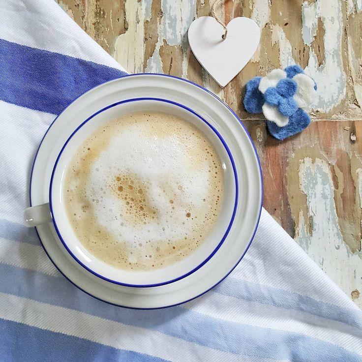 """274 Me gusta, 13 comentarios - Vero Palazzo (@veropalazzo) en Instagram: """"Podrán faltar pastelitos... pero que hoy no falte un ratito para soñar juntos un país mejor. Feliz…"""""""