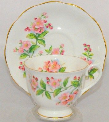Royal Albert Evesham Pink With Floral  Tea Cup & Saucer England ( Teacup )