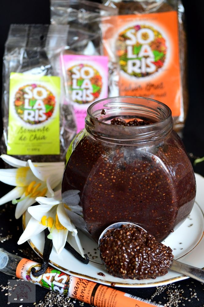 budinca de ciocolata cu seminte de chia, un mic dejun sanatos, o adevarata explozie de vitamine