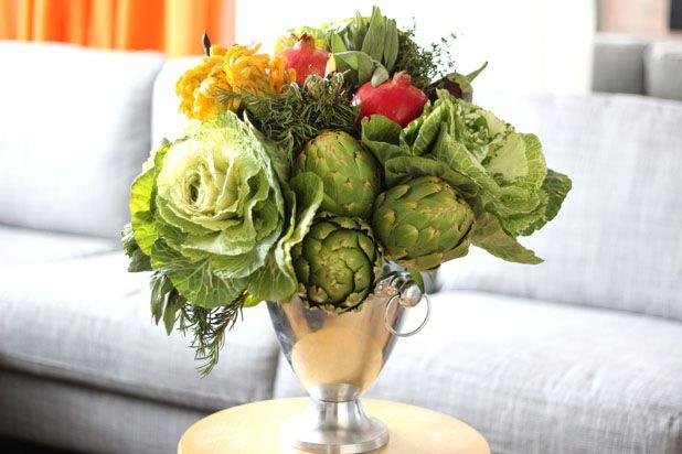 Como fazer um arranjo moderno com frutas e verduras