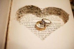 Looking-Glass Dreams: An Alice in Wonderland-Themed Wedding