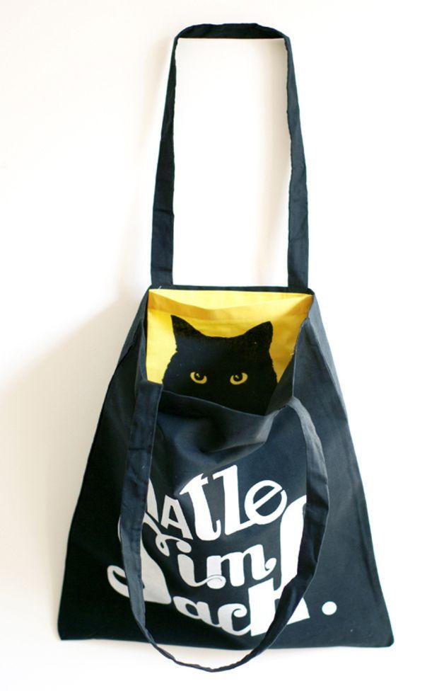 Jutebeutel - KATZE IM SACK, Jutebeutel mit Innentäschchen Katze - ein Designerstück von PUKIZO bei DaWanda