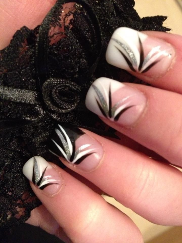 Sexy black and white nail art