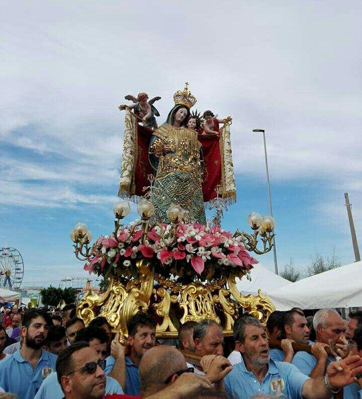 Imbarco statua della Madonna dei martiri 2017