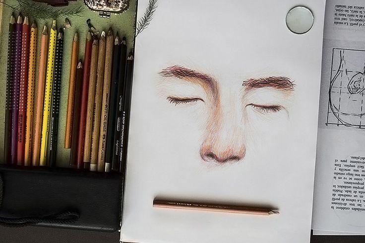 Una ilustración de mi rostro con lápices de colores FACEBOOK: https://www.facebook.com/samuel.saldanaarmas.3