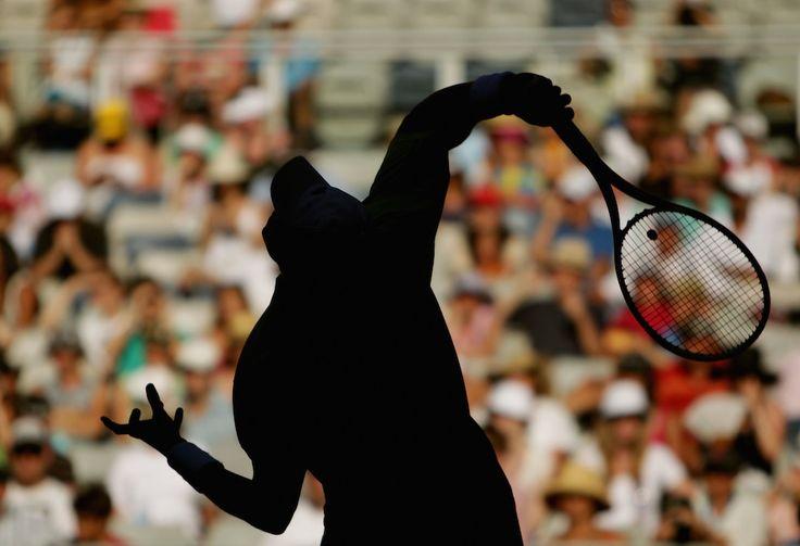 IlPost - Jo-Wilfried Tsonga contro lo spagnolo Nicolas Almagro al quarto turno degli Australian Open, Melbourne, 25 gennaio 2010. (Ryan Pierse/Getty Images) - Jo-Wilfried Tsonga contro lo spagnolo Nicolas Almagro al quarto turno degli Australian Open, Melbourne, 25 gennaio 2010.  (Ryan Pierse/Getty Images)