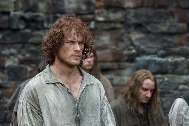 New Outlander article from E! Online about 1×15.