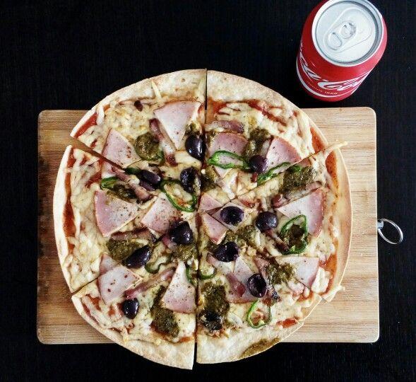 Pizza pe blat lipie