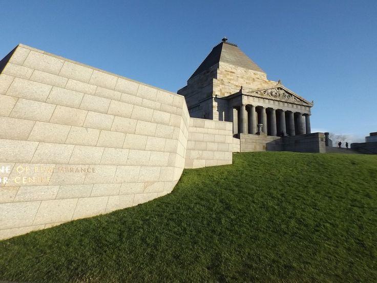 Shrine of Remembrance - Melbourne . Australia