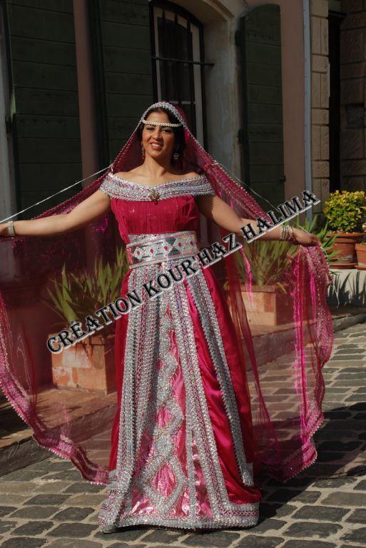 Tenue kabyle en mousseline de soie rose indien