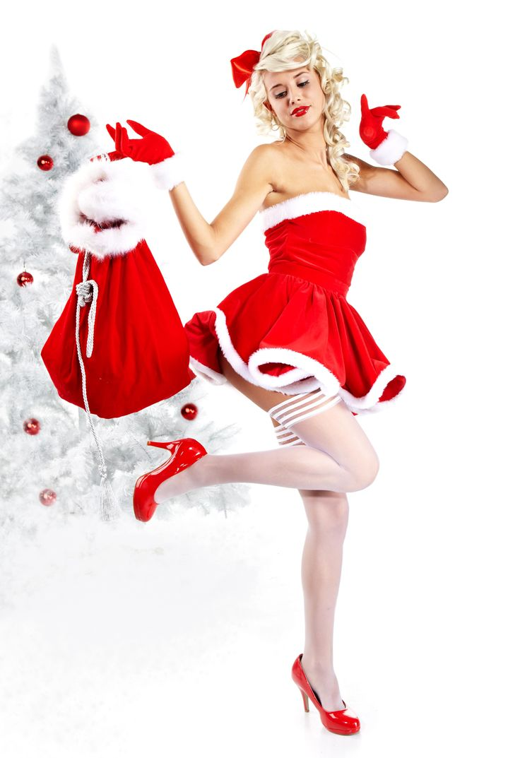 @foxylady_brockton #foxylady_brockton What do you want to find most under your tree?  #stripclubs #specials #stripclub #nightlife #strippers #showgirl  #lapdance #femalestrippers #bottles #adultentertainment #poledance #latenight #drinks #drink #entertainment #brockton