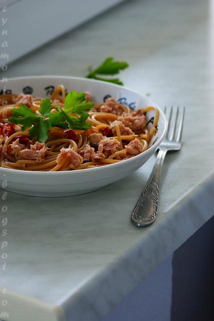 Cynamon i oliwka, czyli garść myśli i przepisów: Obiad idealny. Pięć składników. 10 minut. I mgnienie.