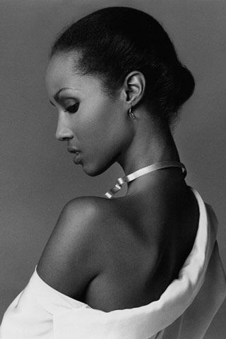 """a '77 shot by Francesco Scavullo highlighting her best features: a swanlike neck and regal profile"" 