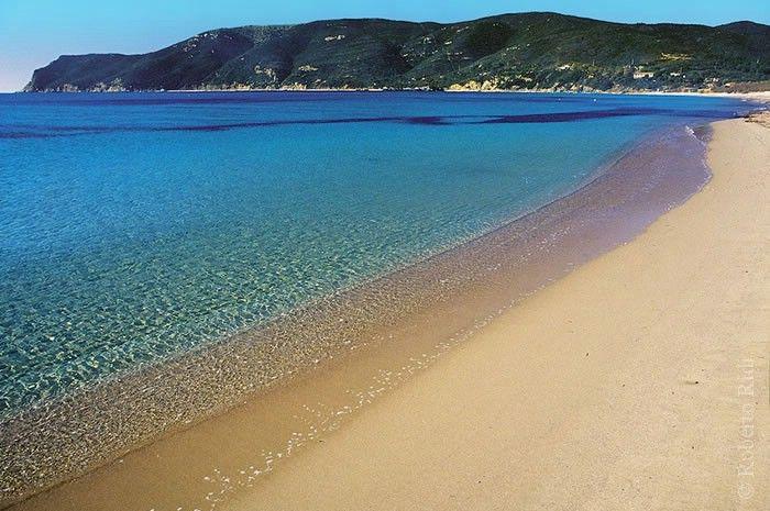 """""""Un tuffo dove l'acqua è più blu...""""  Marina di Campo - Isola d'Elba"""