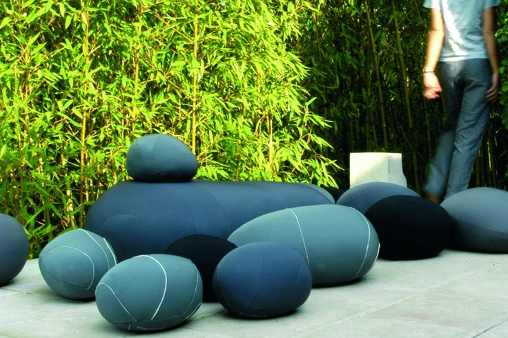 Neolivingstones Floor Cushion by Stephanie Marin for Smarin | Poliform Australia