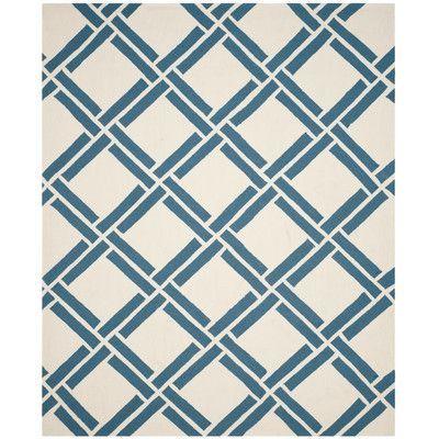 Safavieh Four Seasons Ivory/Blue Area Rug Rug Size: 5' x 8'