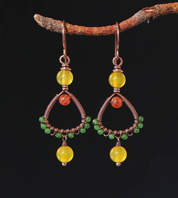 Mix colors earrings - Copper wire earrings with green, yellow and red agate beads - Mixed colors beaded earrings - Bohemian jewelry mix colors earrings, copper wire earrings, mixed colors beads, beaded earrings, green agate beads, bohemian jewelry, wirewrapped jewelry, copper and stones, yellow earrings, red agate jewelry, wire wrap stone, autumn colors, autumn earrings