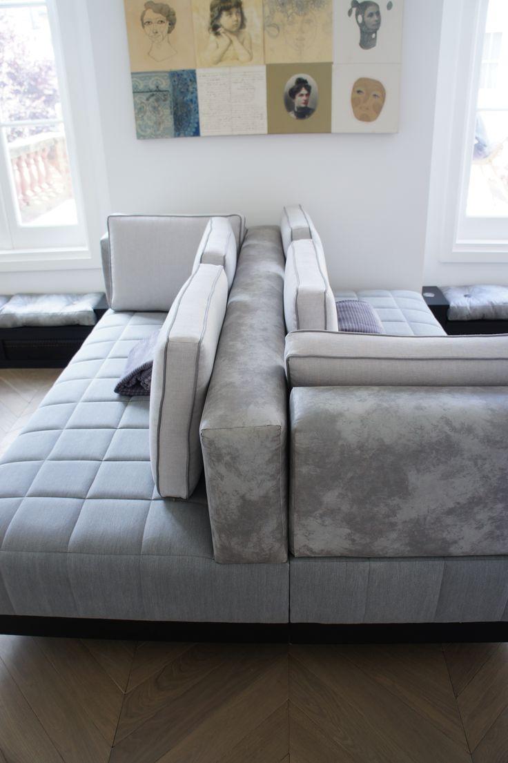 amazing double sided sofa design for inspiring interior decor: Amazing Living Room Decor Using Double Sided Sofa Ideas