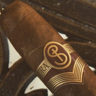 Cigar Gifts: The Definitive Guide - Buy Cigars Online