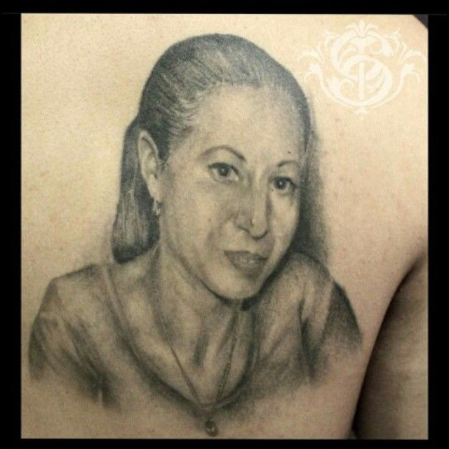 #portrait #portraittattoo #blackandgrey #blackandgreytattoo #realism #realismtattoo #realistic #realistictattoo #bestblackandgreytattoos #tattoo #tattooistartmag #ink # inked