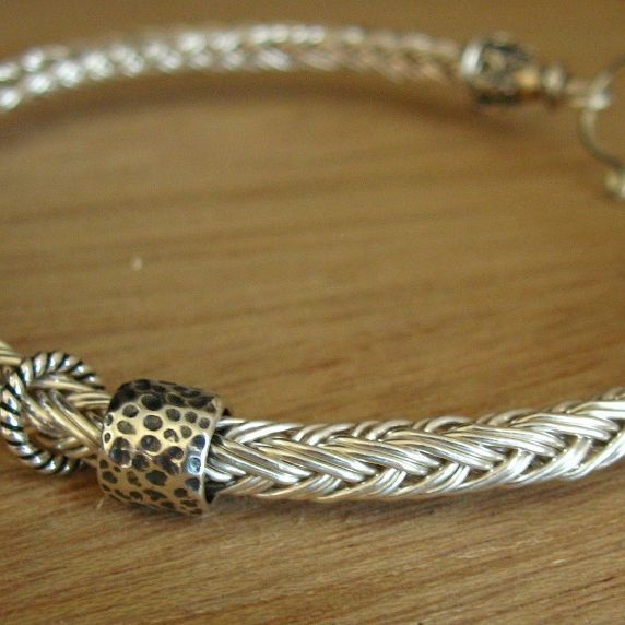 Knitting With Wire And Beads : Bracelet tutorial like this for large whole beads