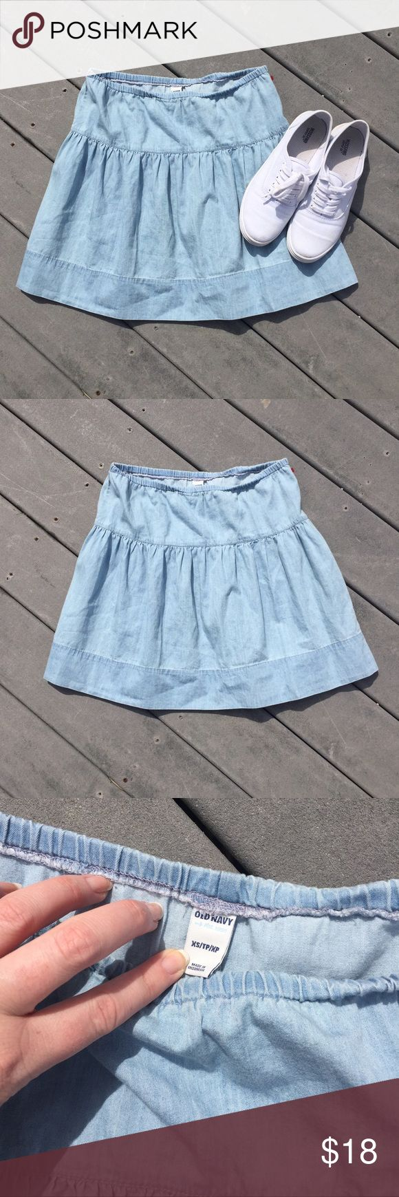 """Denim Skater Skirt So cute! By old navy, extra small. Elastic waist- unstretched is 14"""" and it's 16"""" long. Great condition! Old Navy Skirts"""