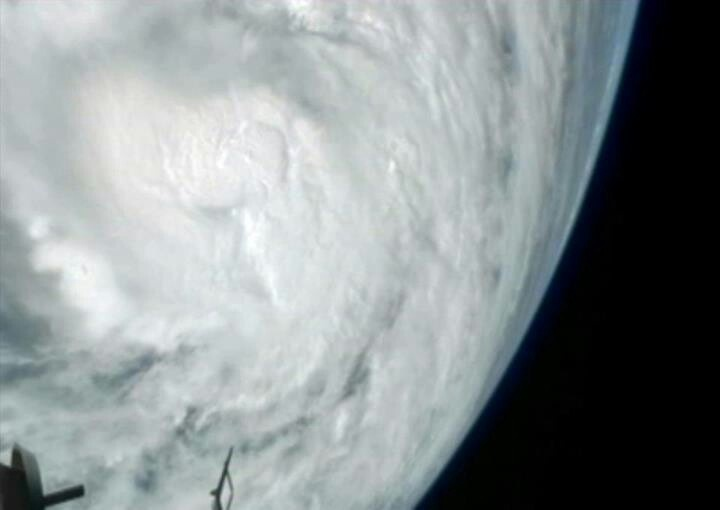Space.com Yesterday at 8:00pm via Space.com ·  The immense size of Hurricane Sandy has been captured by cameras on the International Space Station as the storm reached Category 2 strength. http://oak.ctx.ly/r/11rb