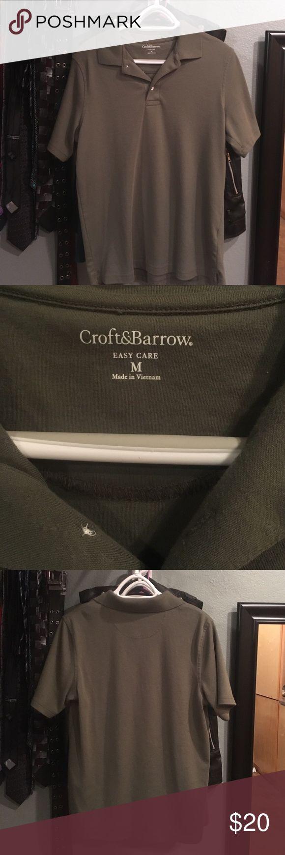 Men's Polo shirt New, never worn. Nice men's polo shirt w/o front pocket. Nice, soft cotton croft & barrow Shirts Polos