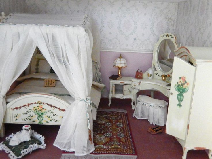 1000 Images About Mini Beds On Pinterest Bedspreads Doll Houses