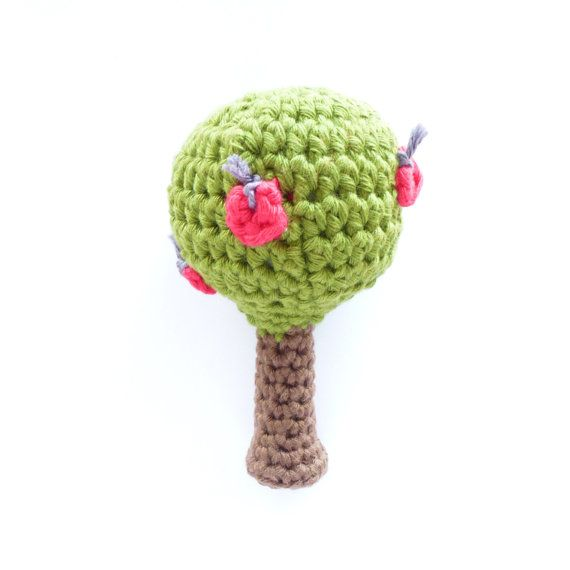 Crochet Apple Tree Rattle Pattern - English and Dutch version available. €1,75, via Etsy.