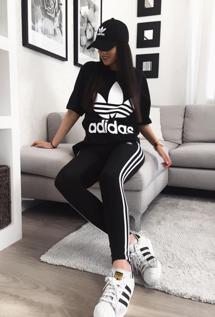 ensemble adidas t shirt legging
