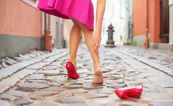 Le vesciche sono delle bolle d'acqua molto dolorose che possono presentarsi anche tra le dita dei piedi o sul collo del piede.