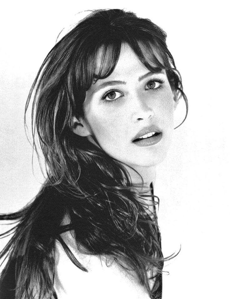 "Sophie Marceau November 17, 1966 in:	Paris (France) Sun: 	24°15' Scorpio	AS: 	23°03' Virgo Moon:	20°43' Capricorn	MC: 	21°14' Gemini Dominants: 	Virgo, Scorpio, Pisces Uranus, Pluto, Mars Houses 3, 12, 1 / Earth, Water / Mutable Chinese Astrology: 	Fire Horse Numerology: 	Birthpath 5 Height: 	Sophie Marceau is 5' 8"" (1m73) tall"