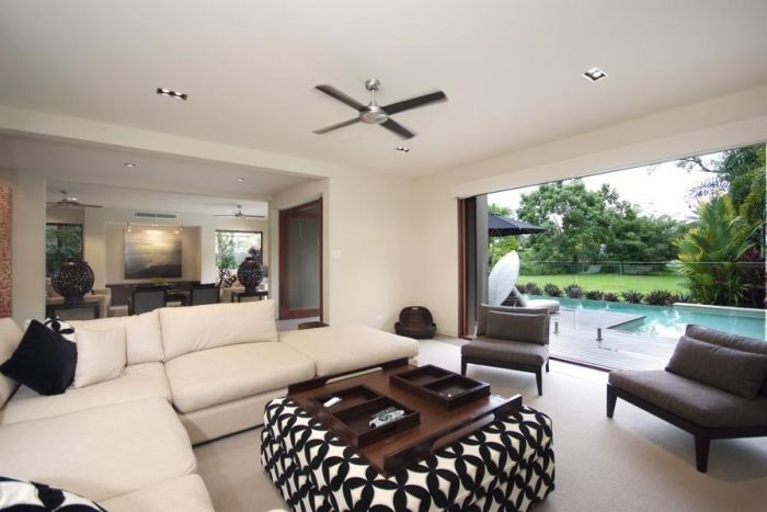 Villa Omaroo Enquire http://www.fnqapartments.com/accommodation-port-douglas/under-100/pg-2/ #portdouglasaccommodation