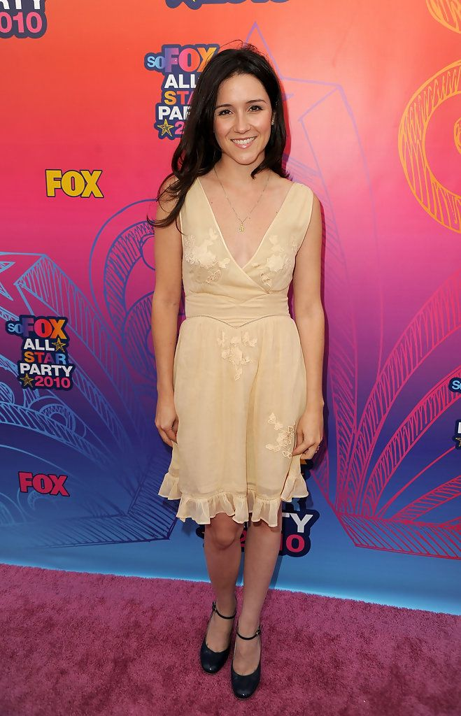 Shannon Woodward Photos: FOX 2010 Summer TCA All-Star Party - Arrivals
