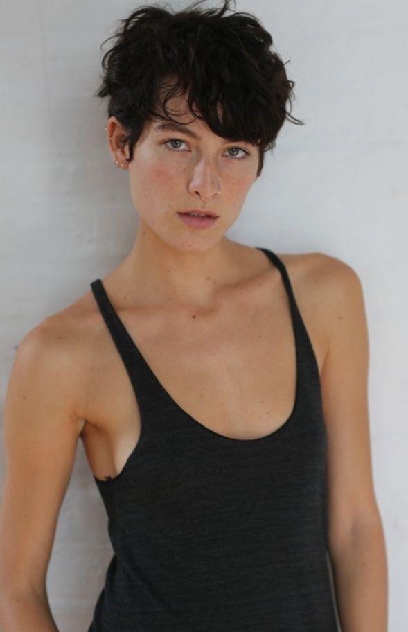 Sexy white women naked butt sex