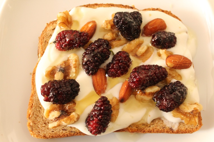 Whole grain bread, yogurt, nuts, berries and honey. Quick, #healthy # ...