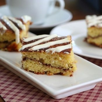 Cinnamon Roll Coffee Cake – Low Carb And Gluten Free