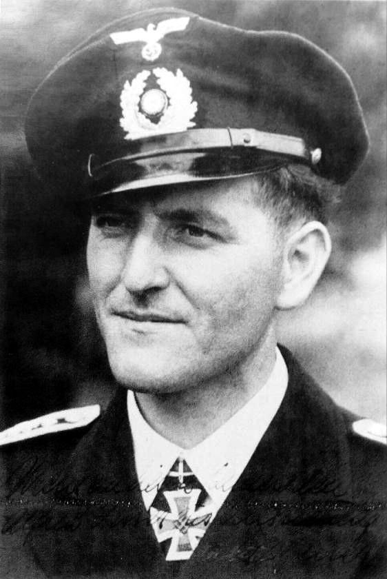Ob.Fernschr.Matrose Herbert Berrer. Einzelkämpfer en K.d.K.-Verbanand. RK. 5.8.1944.