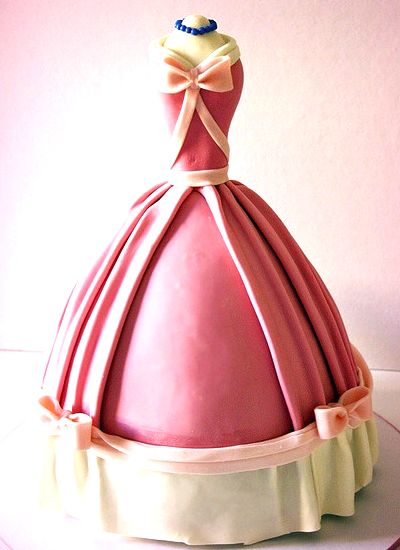 Cinderella dress cake. Perfect for a bridal shower. The little mice could