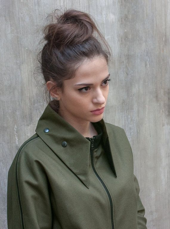 Military green coat / Womens army jacket / by ExlibrisClothing